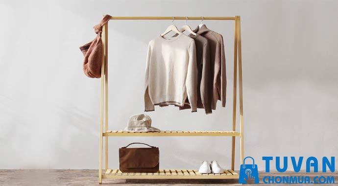 cách bảo quản giá treo áo quần
