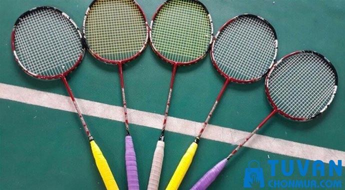 tìm hiểu về vợt cầu lông